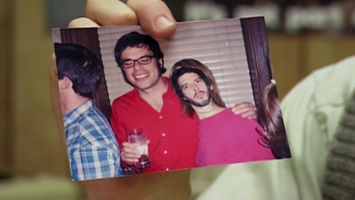 What was the name of Jemaine's girlfriend in the picture that had Bret's head superimposed over her face?