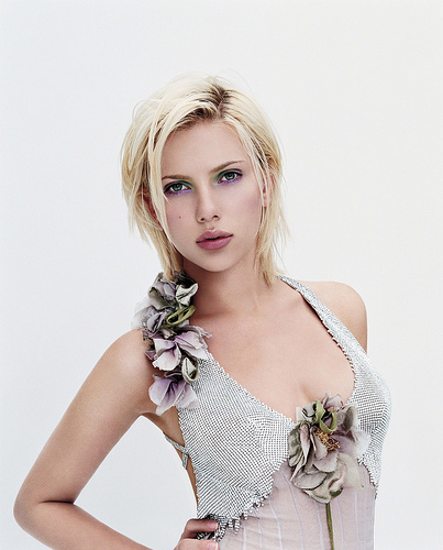 Where was Scarlett born?