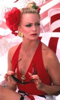 In what movie did Goldie Hawn play Joanna Stayton / Annie Proffitt?