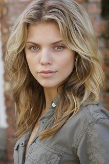 Where was AnnaLynne born?