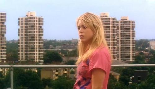 How Tall is Rose Tyler in Season 1?