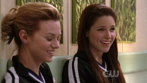 After Brooke took the pills in 1x06, what does she ask to Dr CollegeBoy about Peyton?