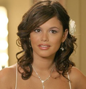 true or false: Originally, she was supposed to be in only one or two episodes of The O.C.