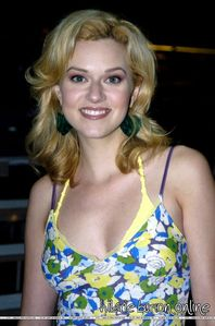 true/false: Hilarie unsuccessfully auditioned for the role of the coach's daughter in the show Radio?