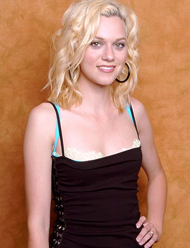 true/false: Reese Witherspoon is hilarie's favorite actress?