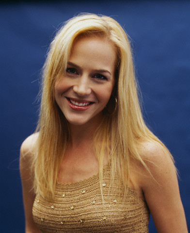 julie benz darla buffy. Julie Benz