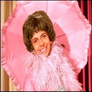 Why was Alice Pearce (the original Gladys Kravitz) replaced in season 3?