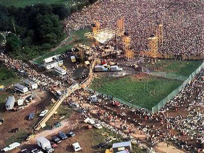 How many musical acts were at Woodstock?