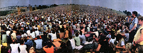 What is the (estimated) amount of tickets sold at Woodstock?