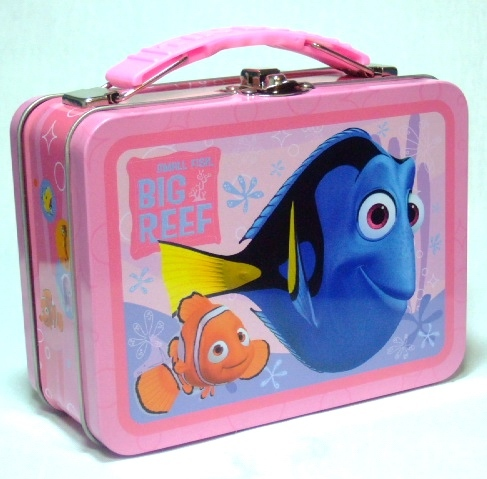 What is the name of the blue fish on this lunch box?