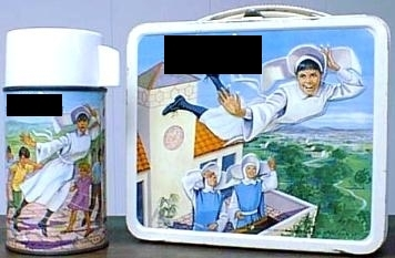 What tv show is on this lunch box and thermos set?