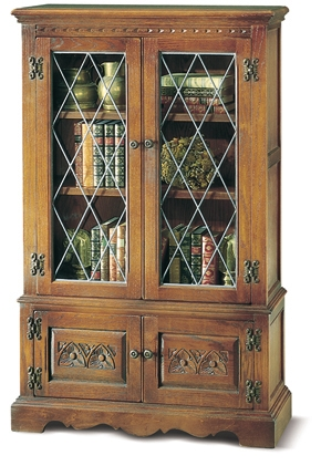 FROM THE BOOK: What was the name of the little girl Anne pretended lived in Mrs. Thomas's bookcase?