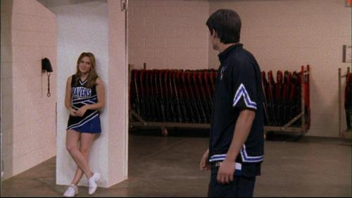 alisema kwa Haley: __ Turn overs, that's not the Nathan Scott i know. How many turn overs was it?