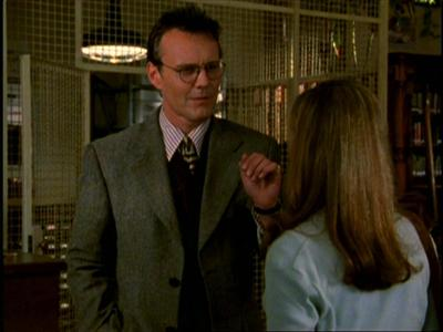 """How is Giles described in the """"Welcome to the Hellmouth"""" script?"""