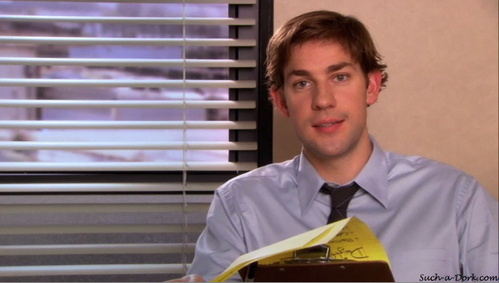 According to Jim's diligent note taking, at what time did Dwight take a bathroom break without leaving his desk?