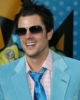 what is one thing johnny knoxville loves to do