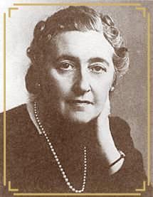 What were Agatha Christie's favourite novels written द्वारा herself?