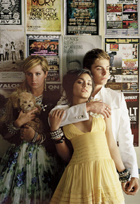 On which movie was the photo shoot Zanessa did with Ashley for Elle in 2008 based?