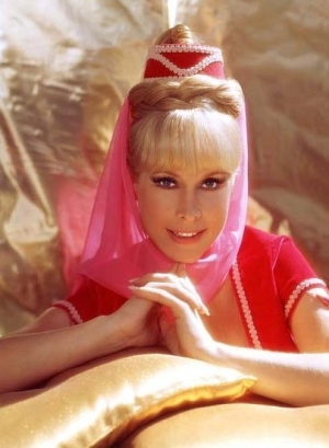 Which actress played Jeannie in I Dream of Jeannie?