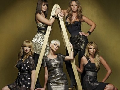 Which Two Girls From Girls Aloud Appeared On The 2nd Episode Of The 1st Season  ?