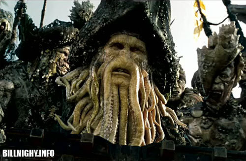 do we ever get to see the face of davy jones?