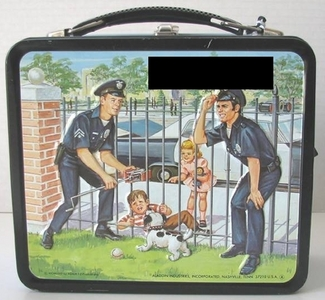 What tv show is this lunch box from?