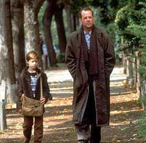 "What was the name of the 거리 in ""The Sixth Sense""?"