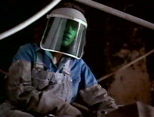 TRUE OR FALSE:  Flashdance is based on the life of a construction worker/welder-turned-dancer.