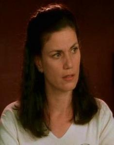 Bethany Sloane, played door Linda Fiorentino