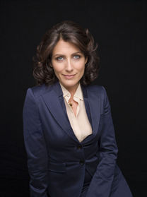 Dr.Lisa Cuddy