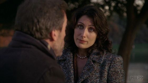 22. I প্রণয় this episode for huddy when she has to go looking for him and when they talk about স্নেহ চুম্বন its just great.