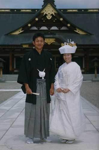 Wedding Kimonos i like em cause theyre pretty :P