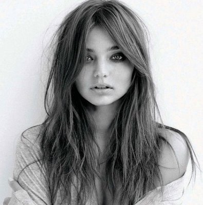 3rd was miranda Kerr for the beauty, the talent, the feircness, the 爱情 & the accent