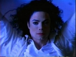 Michael Jackson Ghosts Lyrics: - Michael Jackson Songs - Fanpop