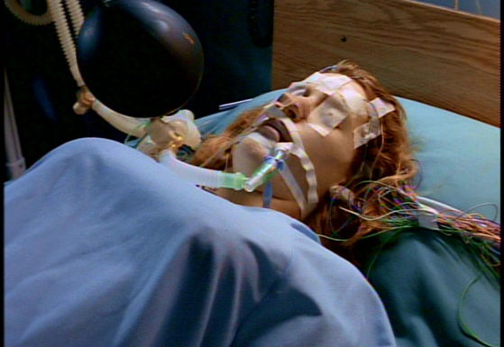 Season Two One Breath # ~ Mulder Gets Mad When He See's Scully In The Hosptail And He Wants To No How She Got There