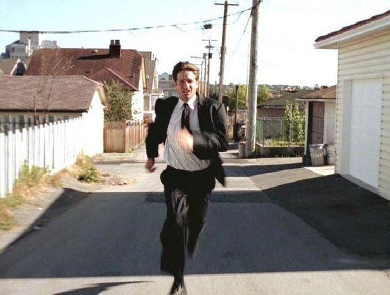 Season Four Un Ruhe # ~ Mulder Runs After Scully When Shes Been Taken