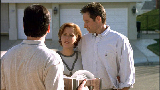 Season Six Arcadia # ~ Mulder : It Was Wonderfull, We Spooned Up And Fell Asleep Like Little Baby 猫 , Isnt That Right , Honeybunch??? - Scully : Thats Right , PoopyHead!