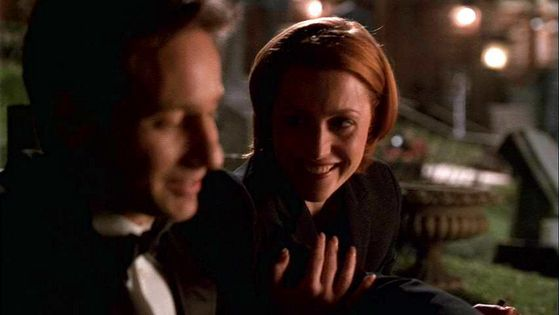 Season Seven Hollywood AD # ~ Scully : You Do Know That There Arent Real Dead People Out There Right??? That This Is A Movie Set??? - Mulder : The Dead Are Everywhere Scully.