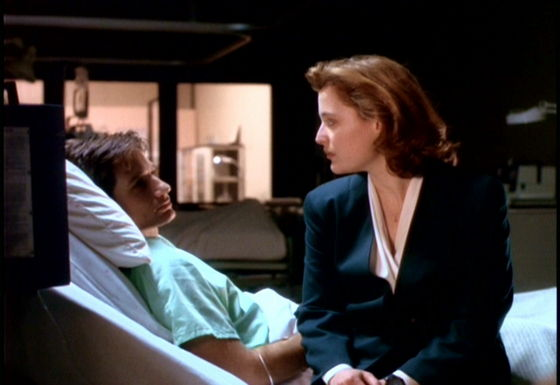Season One Beyond The Sea # ~ Mulder : Dana After All Youve Seen Why Cant te Believe