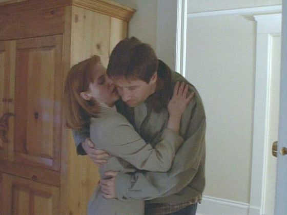 Season Two Anasazi # ~ Mulder collapes On Scully