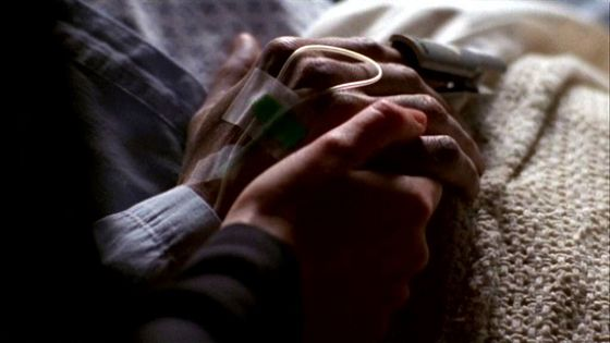 Season Eight Deadalive # ~ Scully Holding Mulders Hand When He Wakes Up