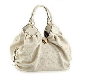 Anastasia's new bag
