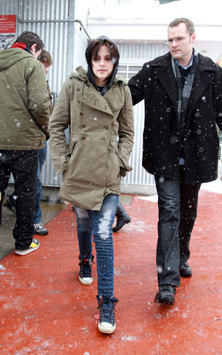 Kristen Braves the snow at Sundance