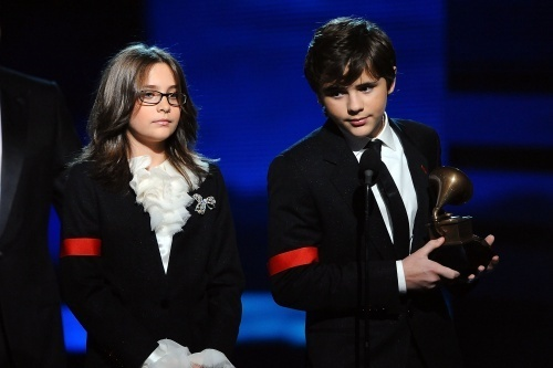 Prince, Paris and Blanket - Grammy 2010