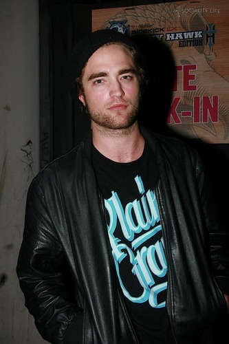 Robert Pattison Begins Filming 'Bel Ami' This Weekend