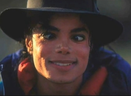 CUTE MIKE JACKSON FUNNY FACE :D <3