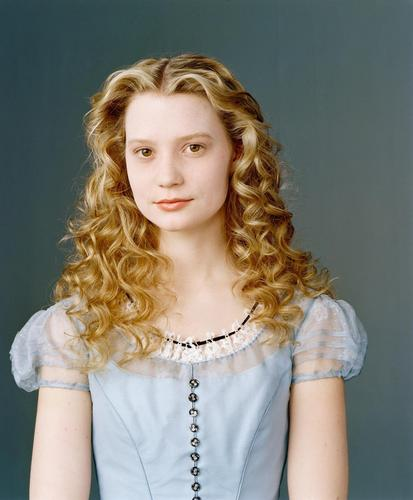 New Alice in Wonderland Mia Wasikowska Photoshoot
