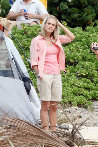 Carrie Filming Soul Surfer