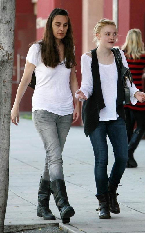 Shopping in Beverly Hills - February 14, 2010