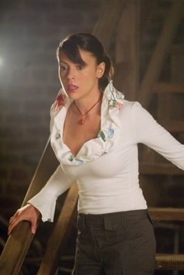 Alyssa Milano as Phoebe Halliwell on Charmed;)<3♥